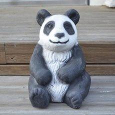 Pandakarhupatsas, kaunis puutarhassa