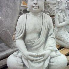 Buddhapatsas, kaunis betonipatsas, kuvattu edestä