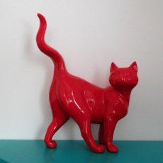 Kissapatsas, punainen kissa sivusuunnasta