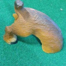 Koirapatsas, kaivava koira, ruskea